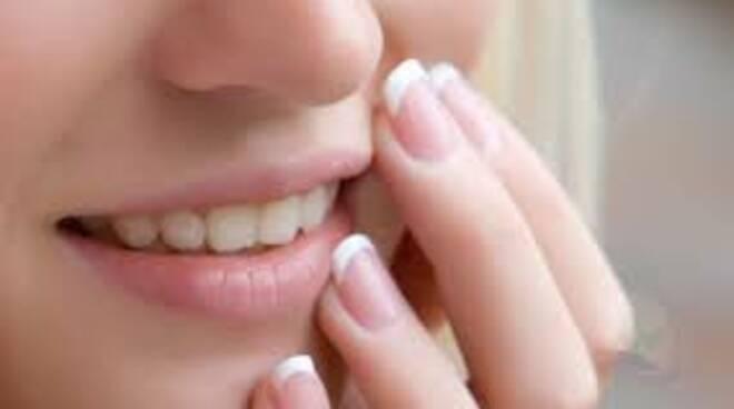 afte stomatiti bocca