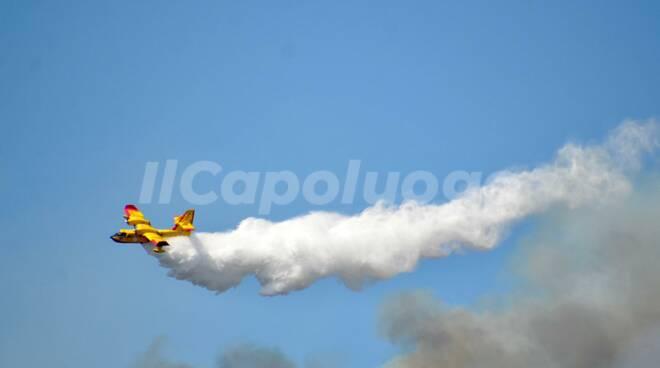 Canadair incendio cansatessa 31 luglio 2020