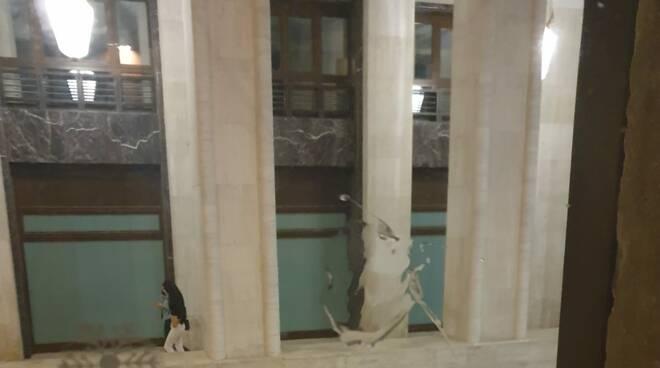 finestre bersagliate via san Bernardino