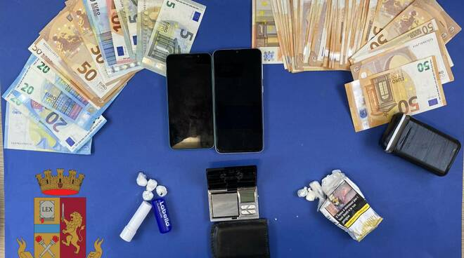 arresto pusher droga polizia
