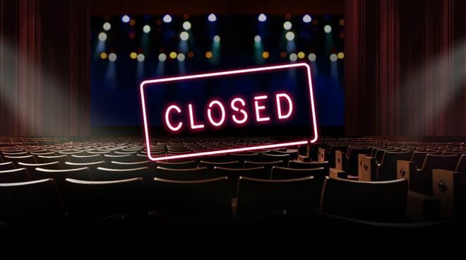 cinema e teatri chiusi