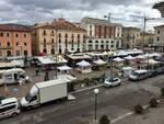 mercato piazza duomo