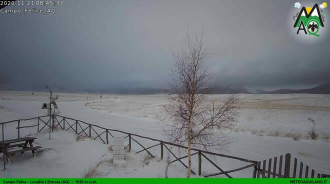 neve novembre campo felice