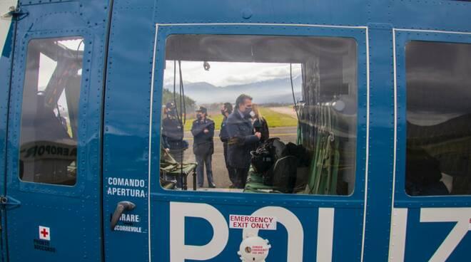 covid screening controlli elicottero polizia