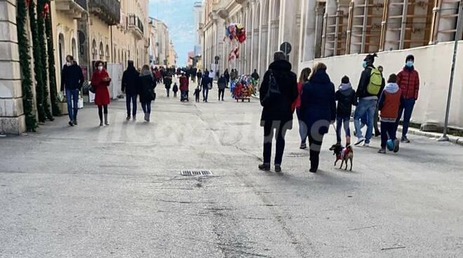 l'aquila centro storico domenica 13 dicembre 2020