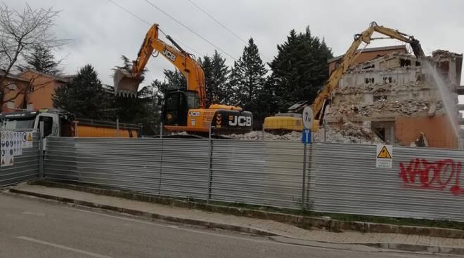 demolizione case ater