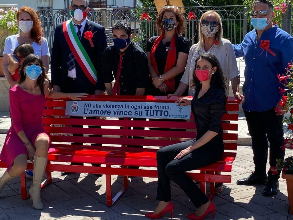 panchina rossa sulmona Roccacasale