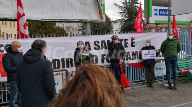 manifestazione protesta punto nascita sulmona