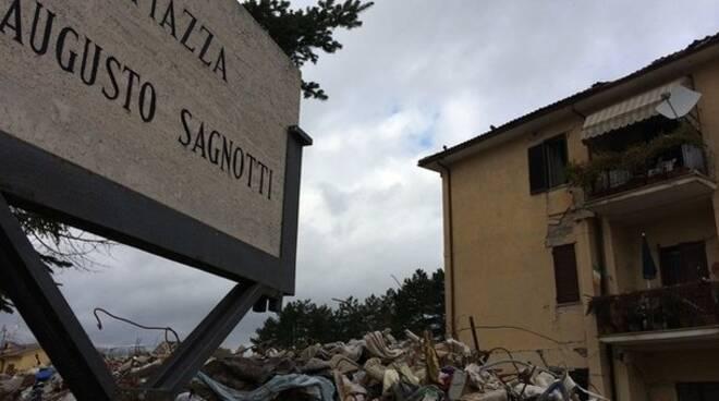 crollo palazzine Piazza Sagnotti amatrice