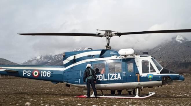 elicottero polizia velino