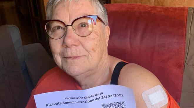 nonna lucia vaccino covid