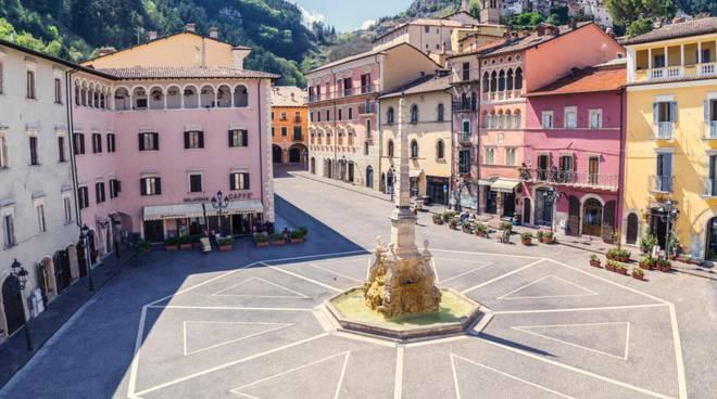 piazza dell'obelisco tagliacozzo
