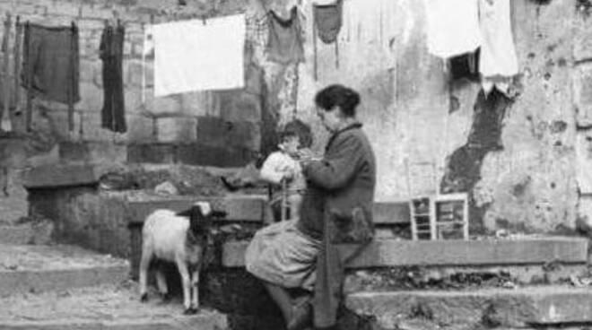 mamme e bambini foto antica