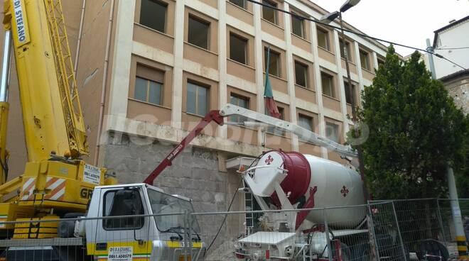 palazzo provincia demolizione