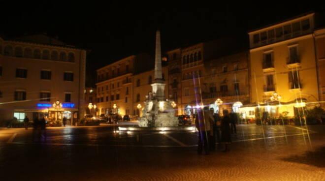 piazza dell'obelisco notte tagliacozzo