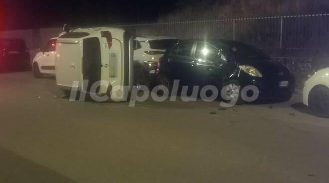 incidente via strinella donna denunciata guida in stato di ebrezza