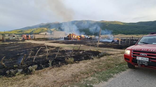 incendio piana di cascina
