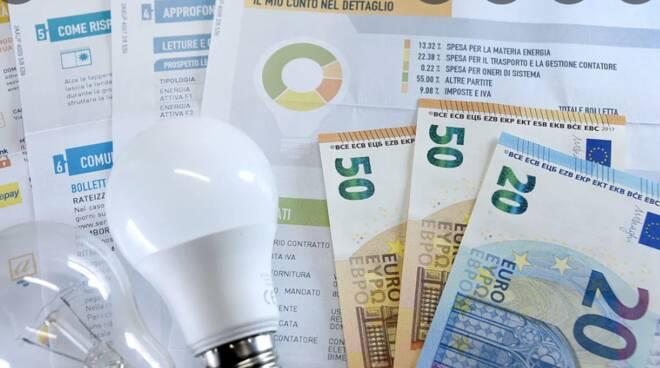 aumento bolletta elettrica