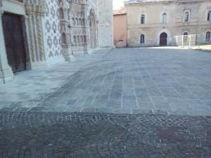 basilica collemaggio segni sagrato