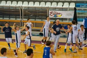L'esultanza a fine gara dei ragazzi del Nuovo Basket Aquilano- TORNEO BEFANA Rieti